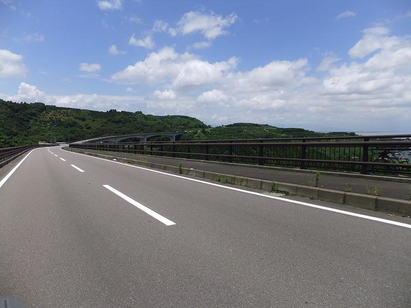 眺めもいい『多良岳オレンジ海道』
